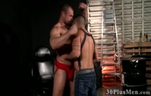 Muscly buff hunk plowing hunks ass